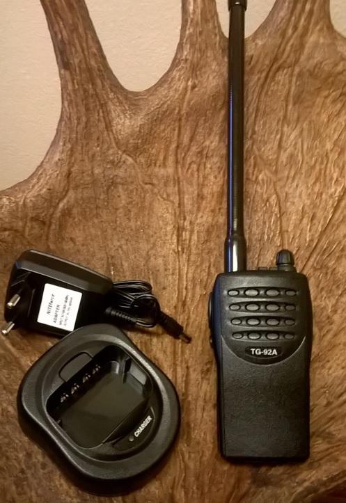 VHF puhelin NITEforce